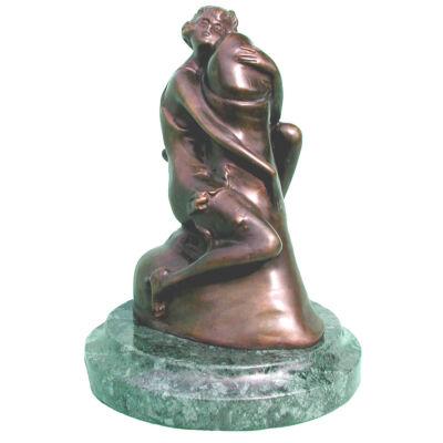 Nő, fallosszal, márványon